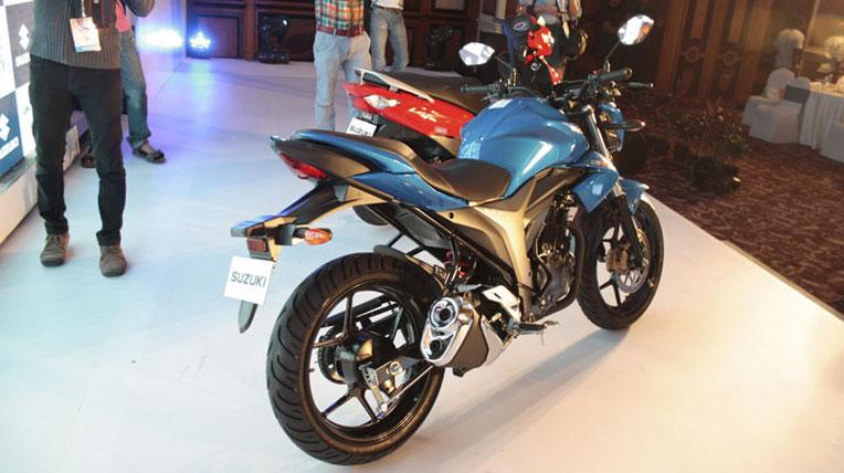 Suzuki-Gixxer-3.jpg
