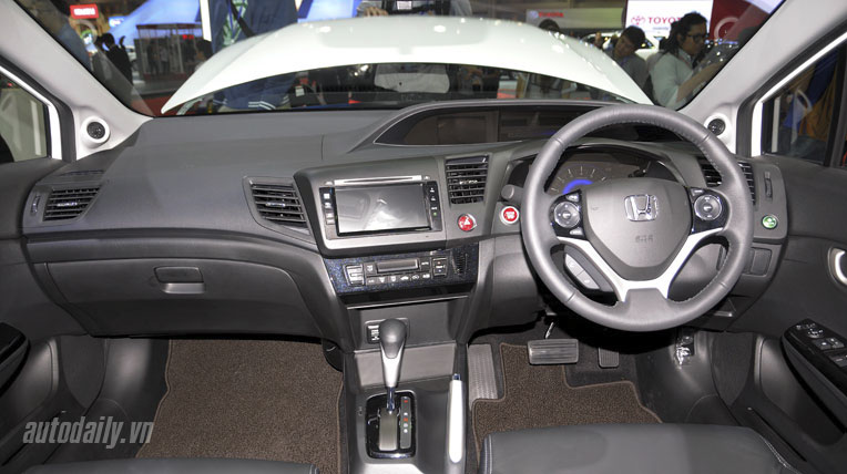 honda-civic-2014-(15).jpg