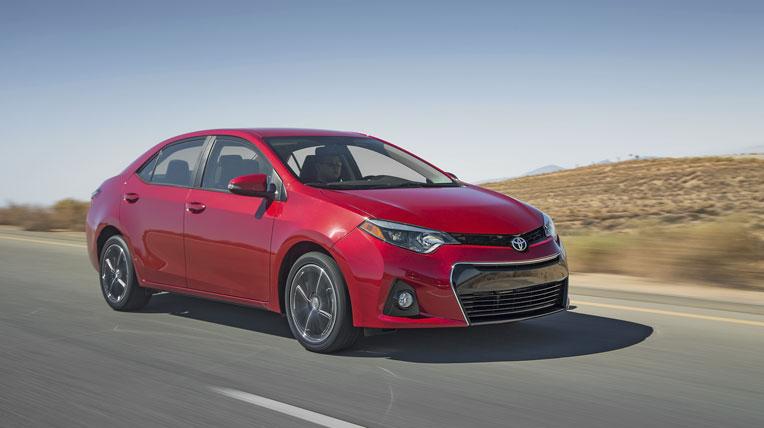 Toyota Corolla giữ ngôi vương trong tháng 3