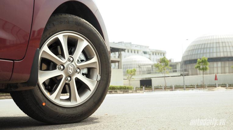 Hyundai-grand-i10 (64).jpg