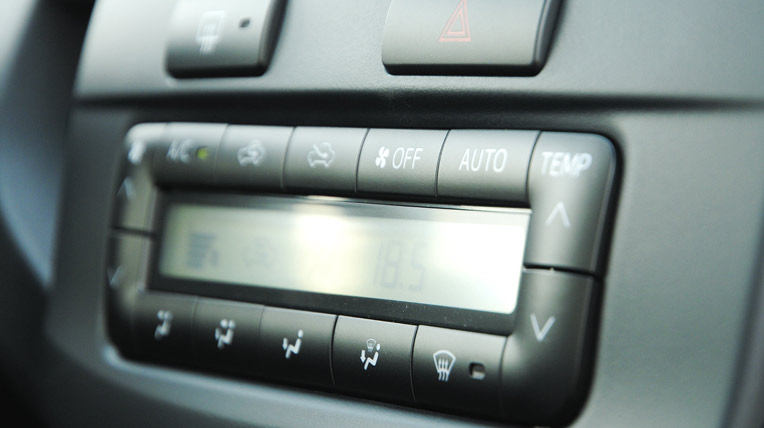 Toyota-Fortuner-TRD-(48).jpg
