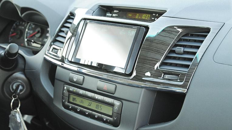 Toyota-Fortuner-TRD-(49).jpg