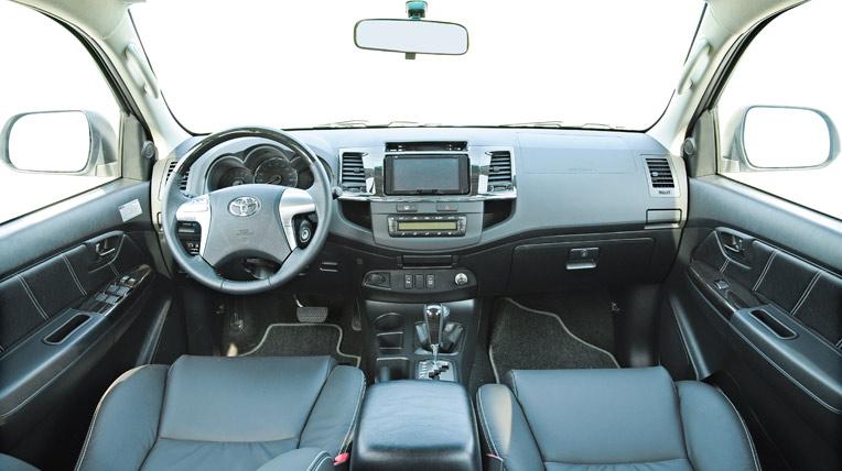 Toyota-Fortuner-TRD-(50).jpg