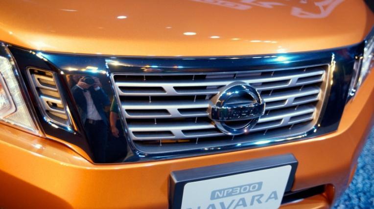 Nissan-Navara-2015 (5).jpg
