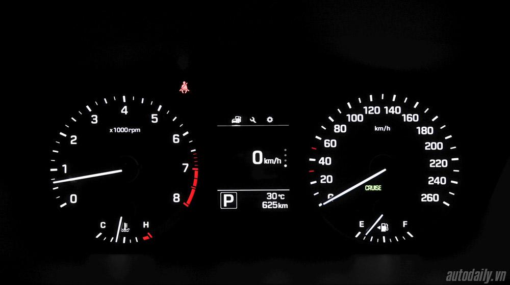 Hyundai Sonata 2014 (53).jpg