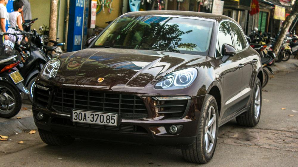 Porsche Macan đầu tiên xuất hiện trên phố Hà Nội