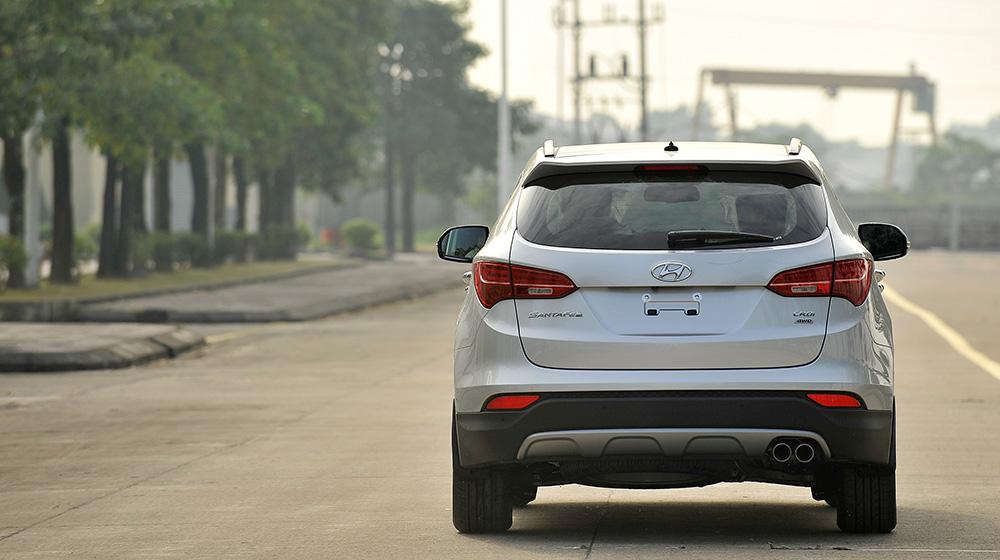 Hyundai-SantaFe-2015-(26).jpg