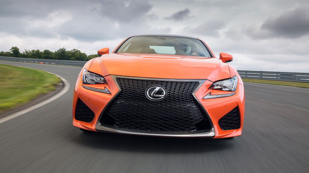 2015-lexus-rc-f-front-end-in-motion-03.jpg