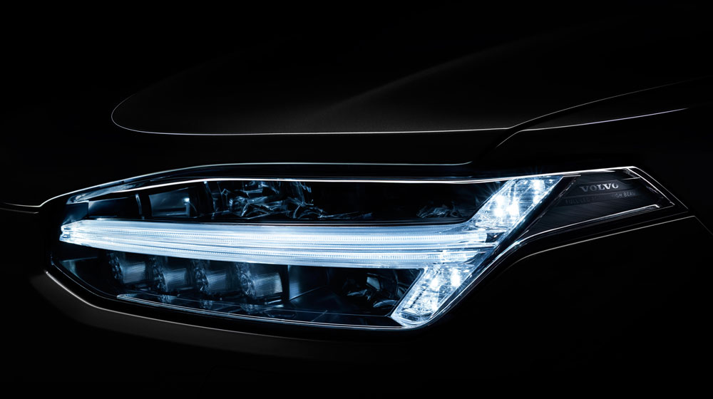 2016-volvo-xc90-led-headlight.jpg