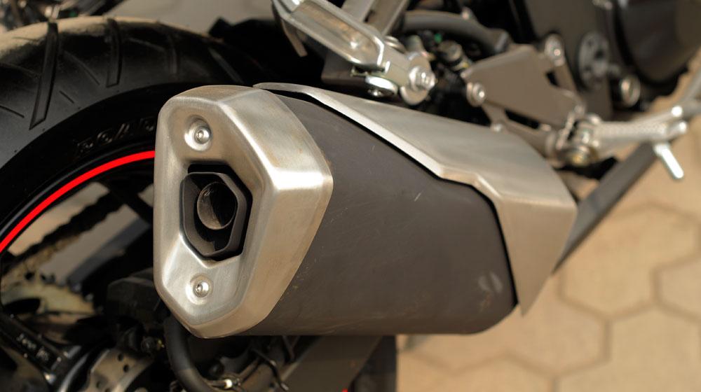 Kawasaki Ninja 300 ABS (20).jpg