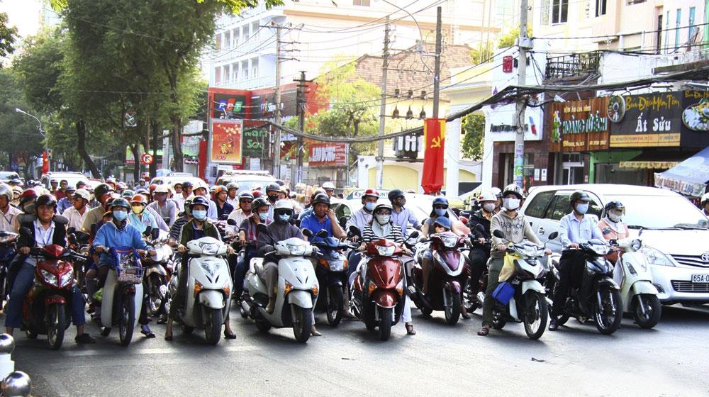 Ханой намерен полностью запретить скутеры и мотоциклы к 2030 году