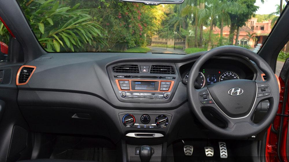 Hyundai-i20-Active-petrol-Tangerine-Orange-Review.jpg
