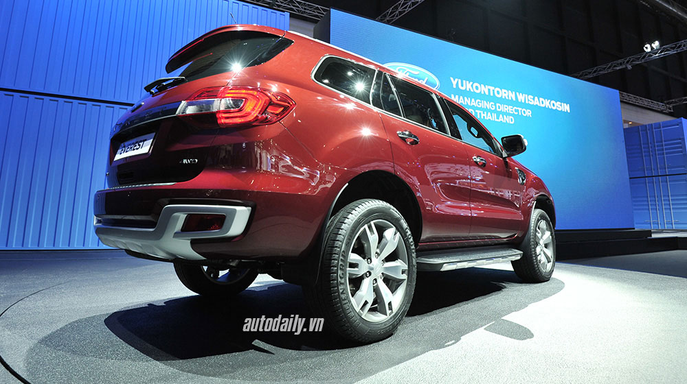 ford-everest-2015-bangkok (4).jpg