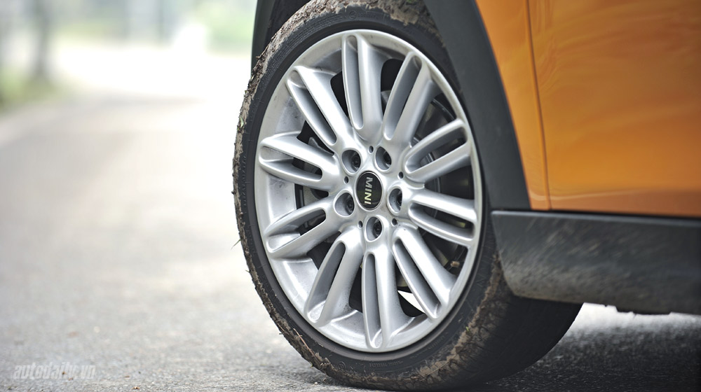 Mini Cooper S 2015 (17)-1.jpg