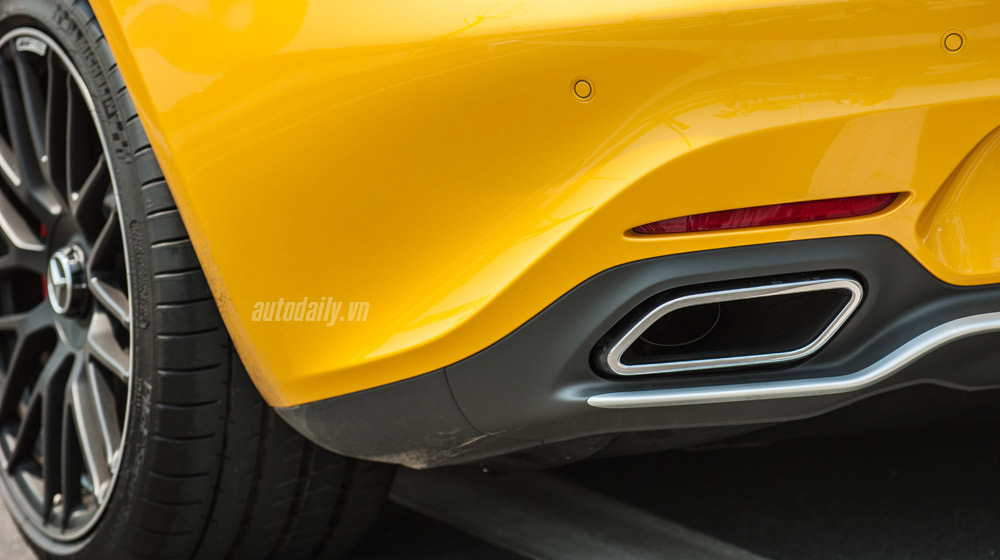 mercedes-AMG-GT-S-(19).jpg
