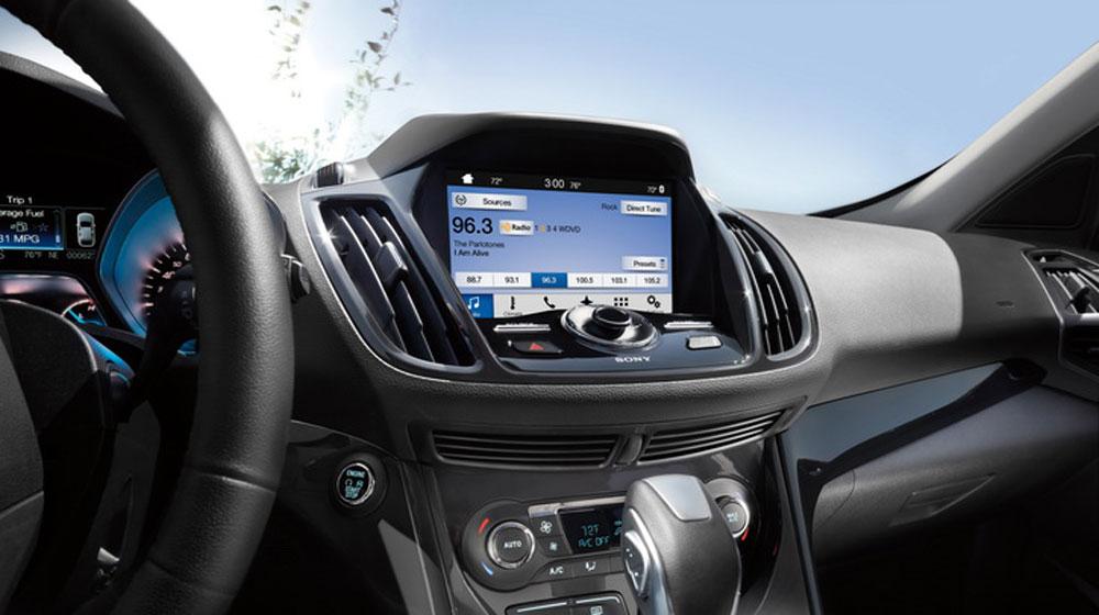 Toyota sử dụng công nghệ thông tin giải trí của Ford