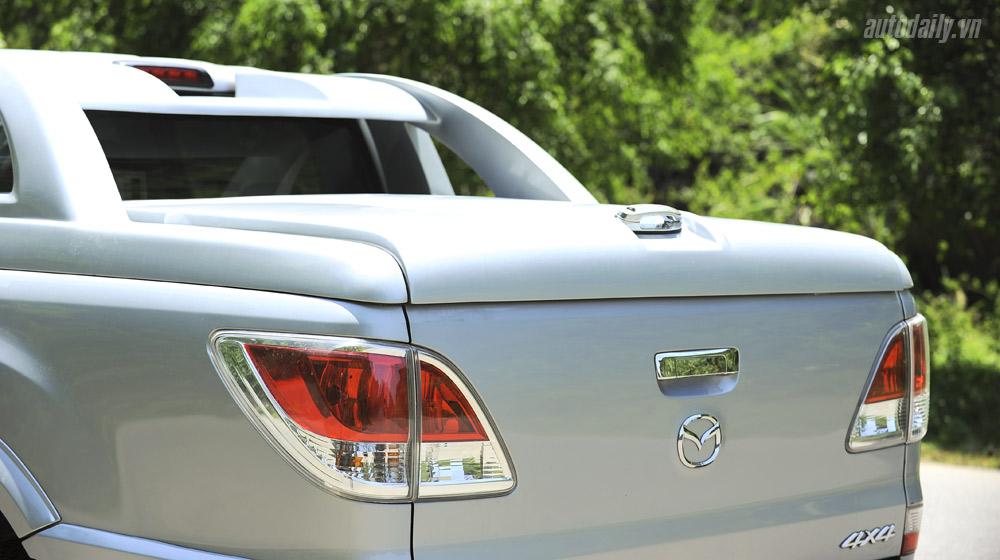 Mazda-BT50-2015-(60).jpg