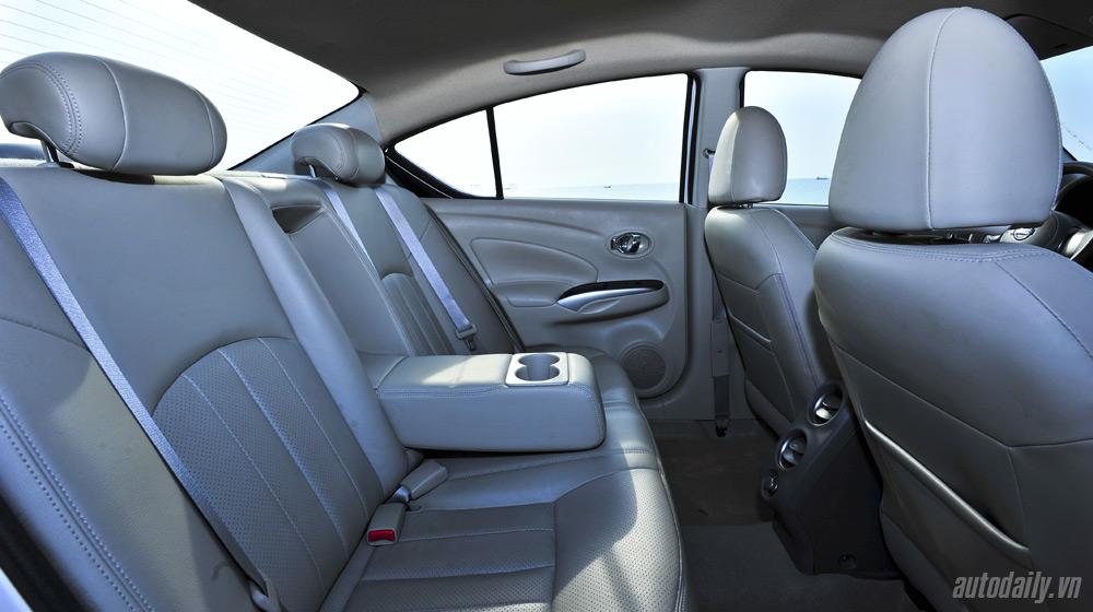 Nissan Sunny 2 (45).jpg