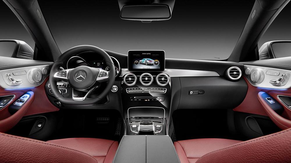 Mercedes_Benz_C-Class_Coupe (9).jpg