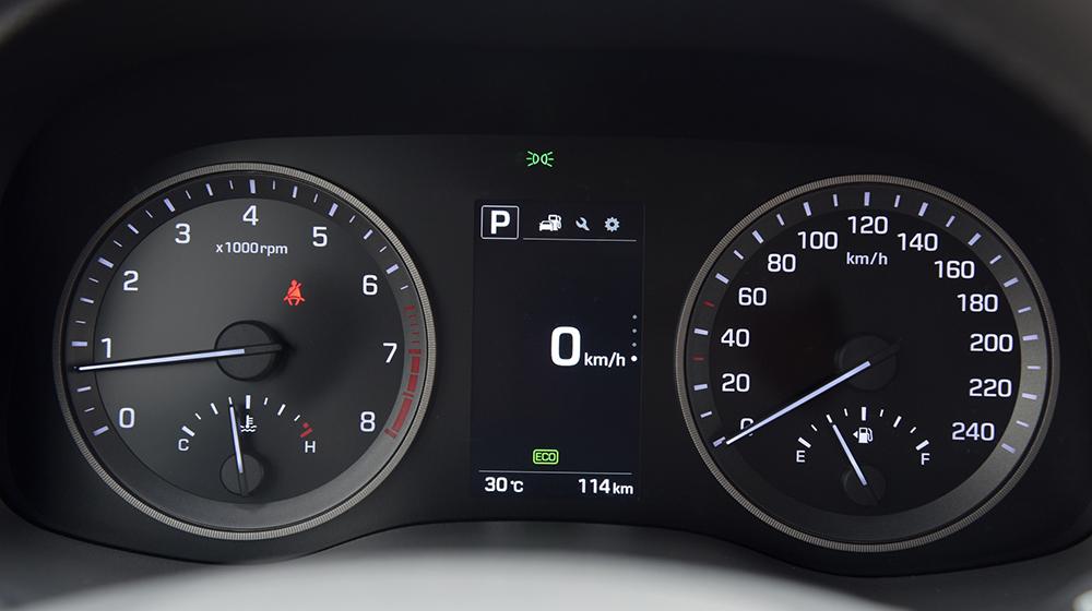 Hyundai Tucson 2016 (6).jpg