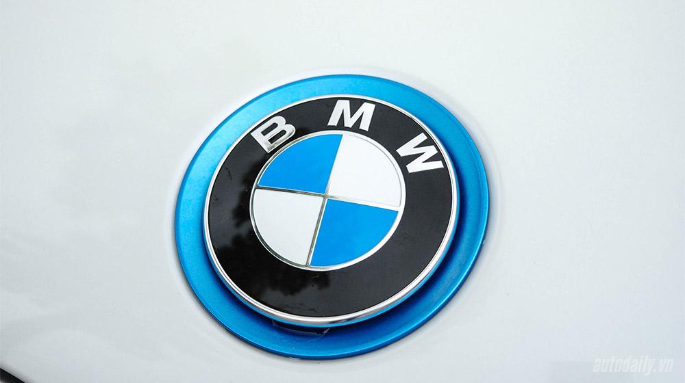 BMW i8 (10).jpg