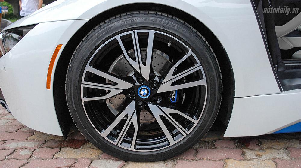 BMW i8 (11).jpg