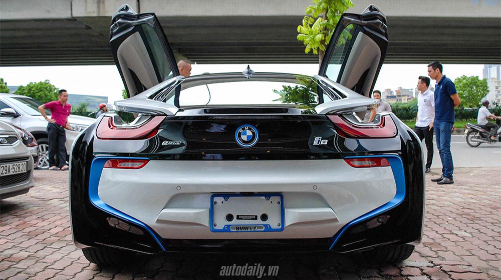 BMW i8 (12).jpg