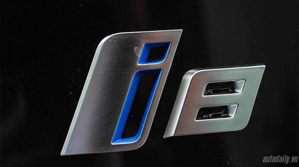BMW i8 (17).jpg