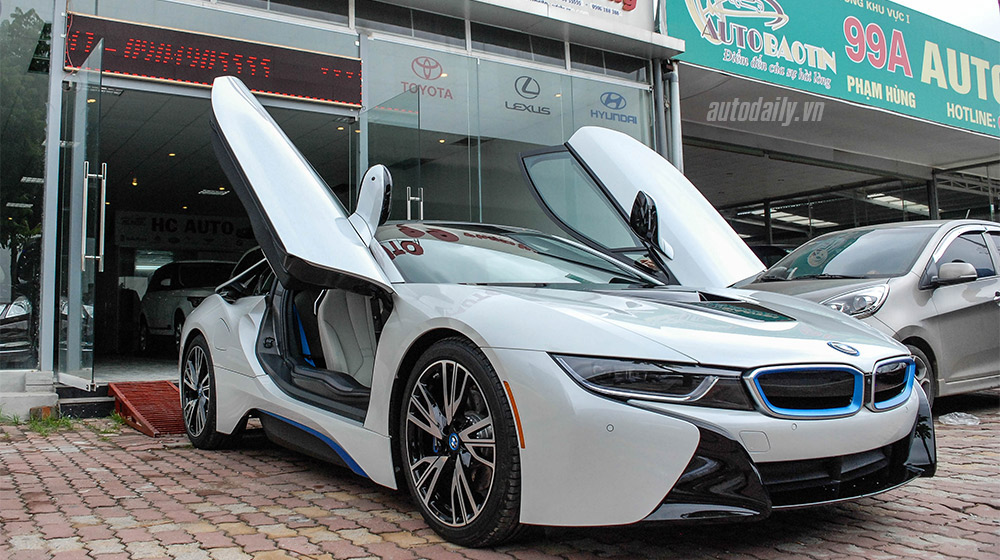 BMW i8 (6).jpg