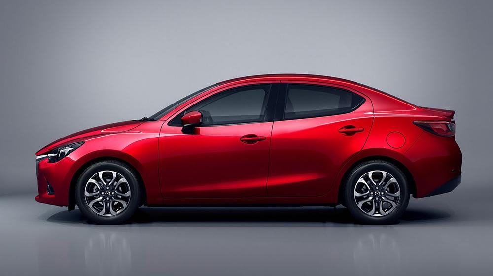 Mazda2_sedan (7).jpg