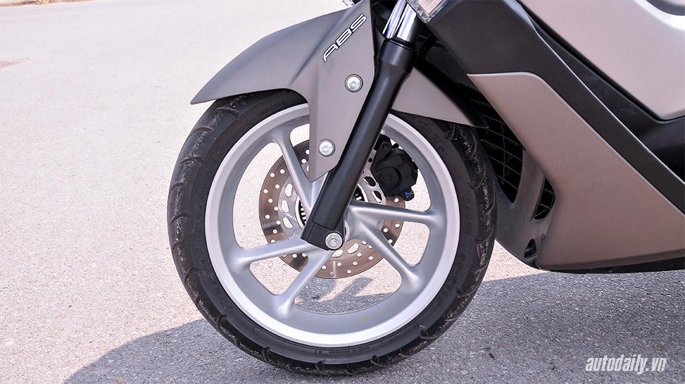 Yamaha NM-X (25).jpg