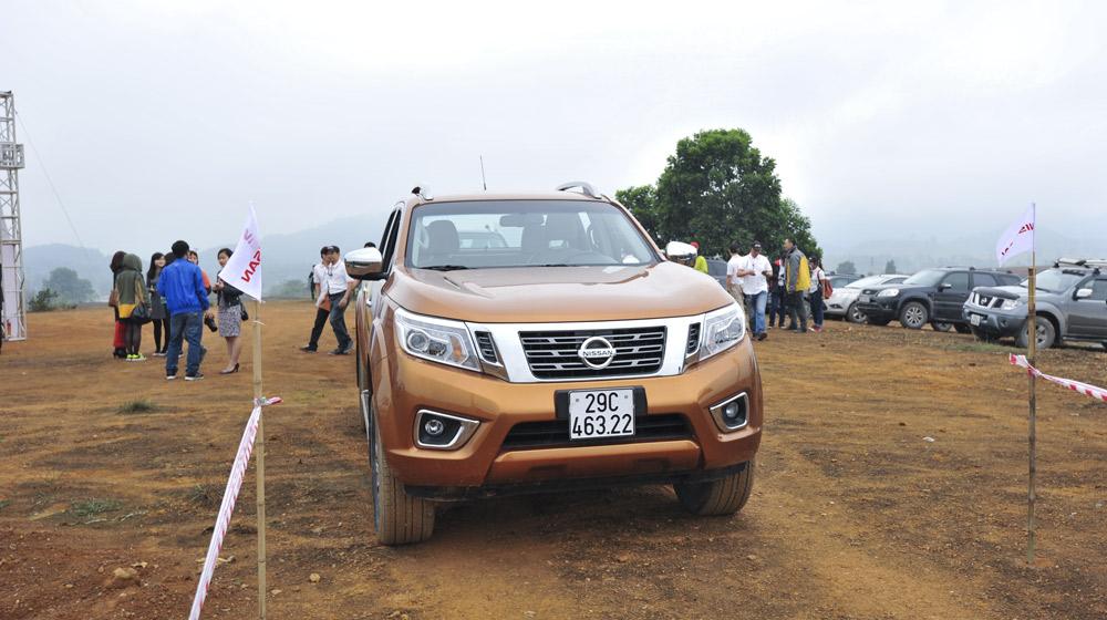 offroad Nissan NP300 Navara (1).jpg