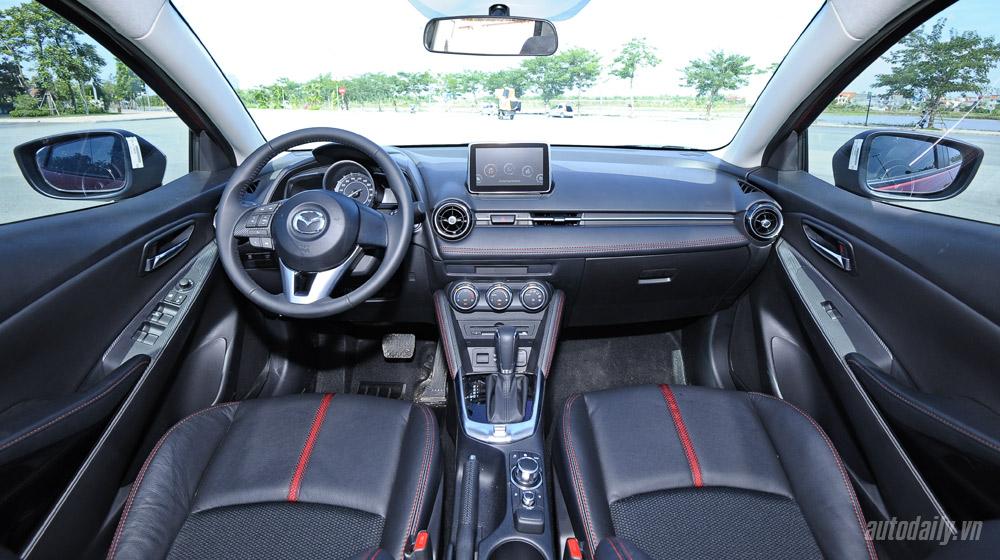 Mazda2 (55).jpg