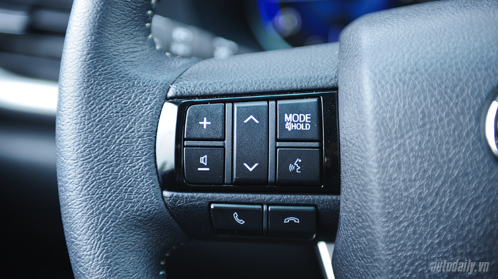 Toyota Hilux test (38).jpg