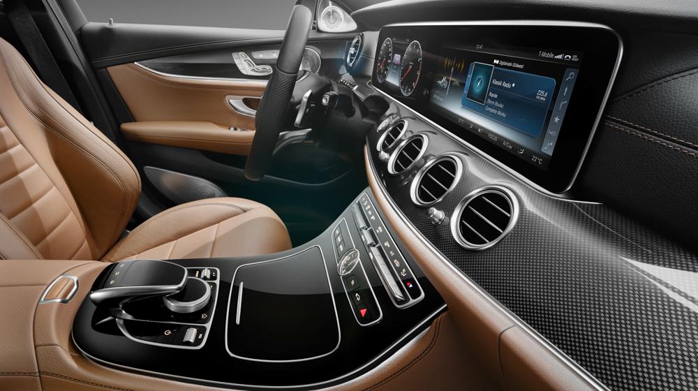 Mercedes_E-Class_2016 (5).jpg