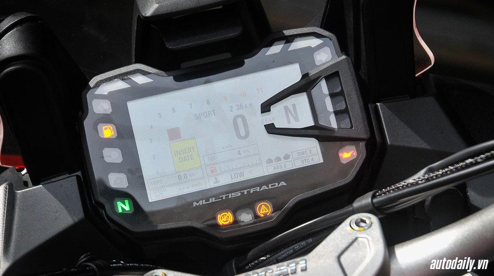 Ducati Multistrada 1200 (3).jpg