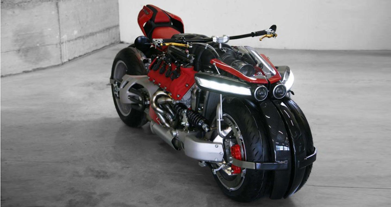 Siêu môtô Lazareth LM847 dùng động cơ ôtô V8 4.7L