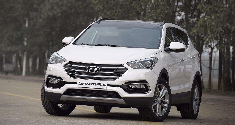 Hyundai-SantaFe-2016-(VN)---3.jpg