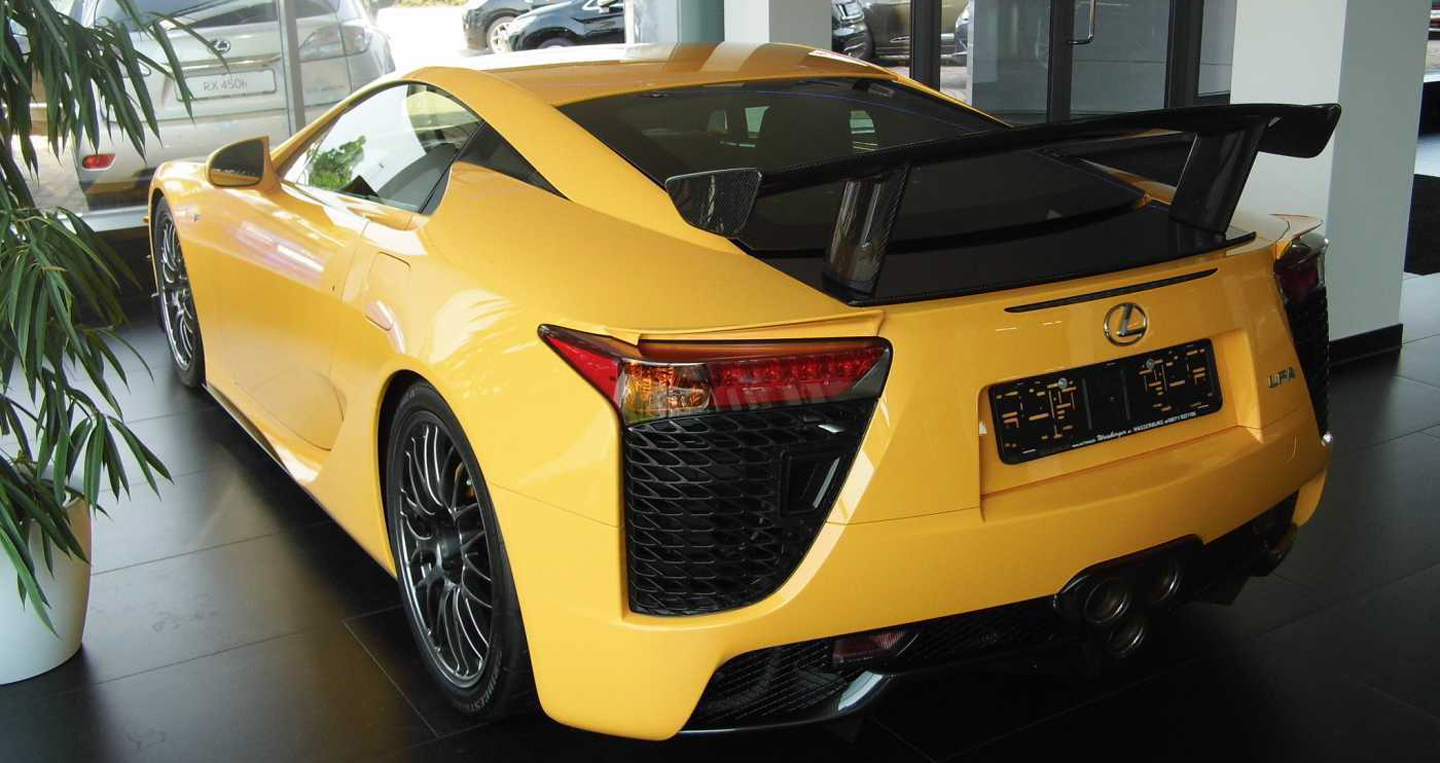 lexus-lfa-nurburgring-edition-04 copy.jpg