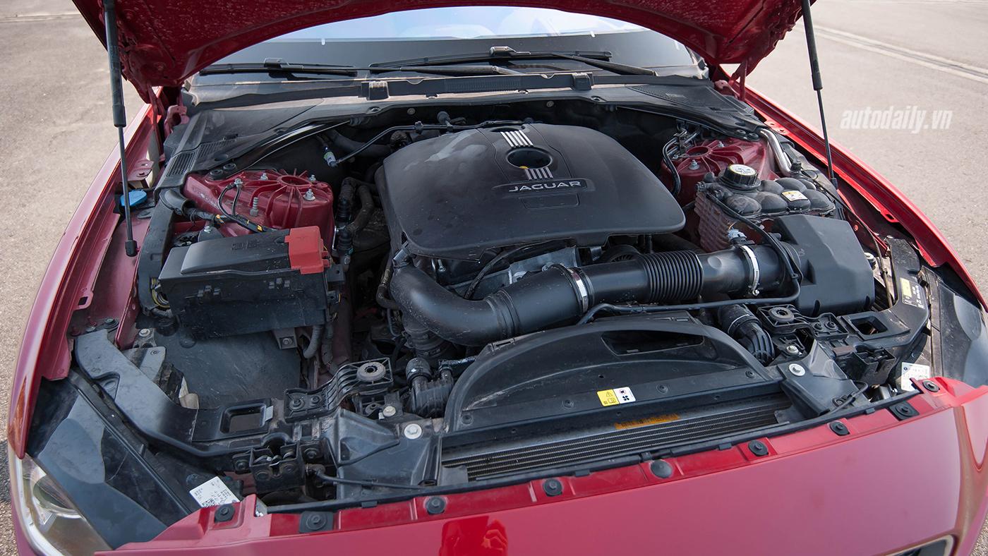 Jaguar XE Test Drive (40).jpg
