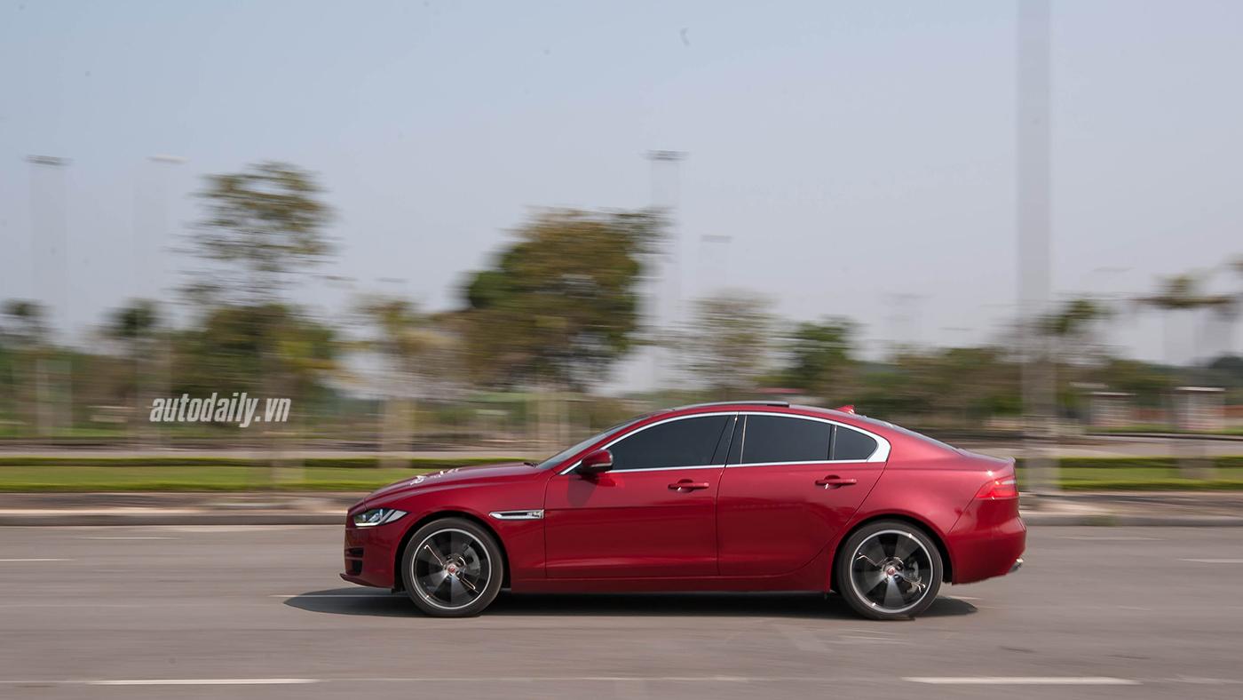 Jaguar XE Test Drive (41).jpg