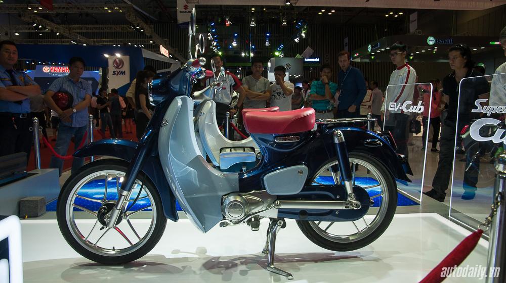 Honda_Cub (2).jpg