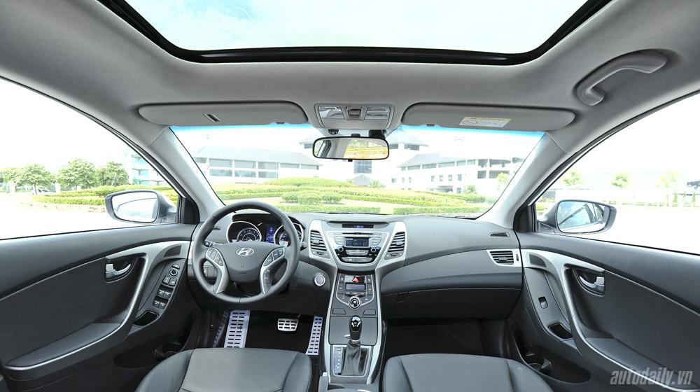 Hyundai-Elantra (33).jpg