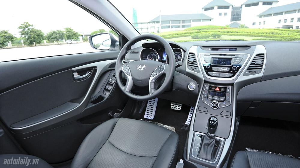 Hyundai-Elantra (34).jpg