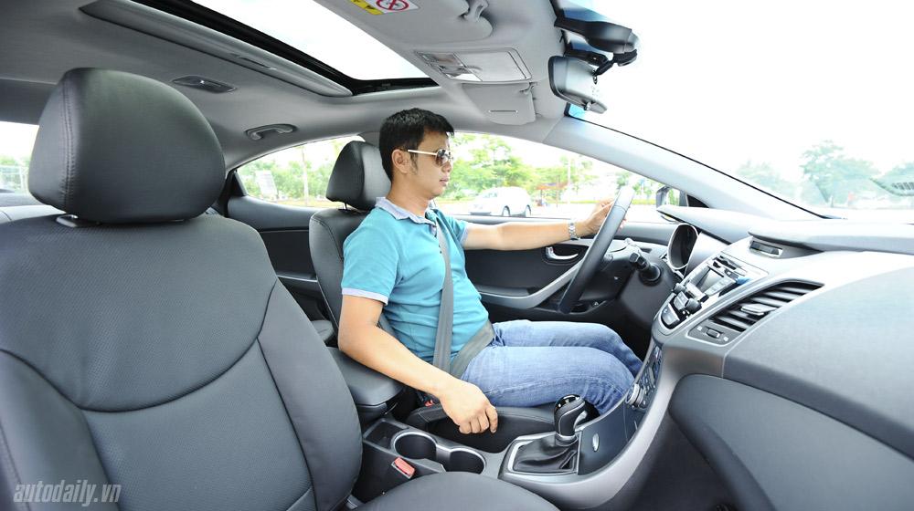 Hyundai-Elantra (55).jpg