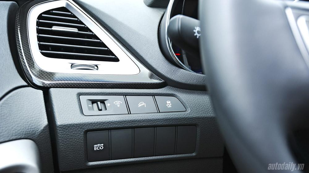 Hyundai-Santafe-2014 (37).jpg