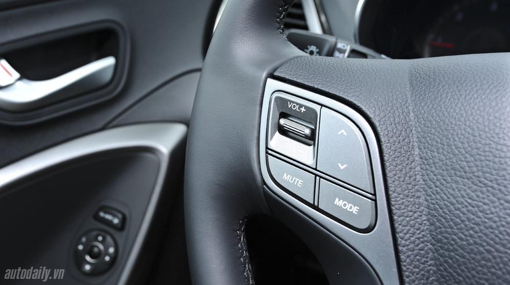 Hyundai-Santafe-2014 (42).jpg