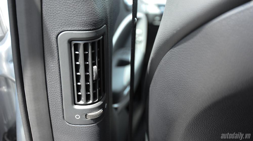 Hyundai-Santafe-2014 (55).jpg