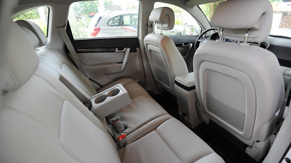 Chevrolet-Captiva-LTZ-2014-19