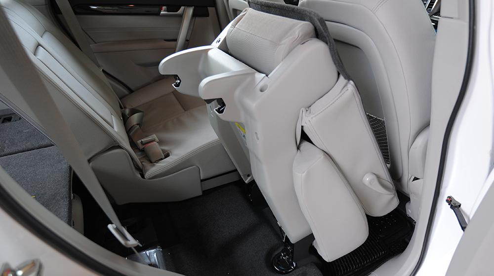 Chevrolet-Captiva-LTZ-2014-20
